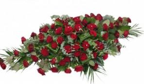 Spray Red Roses
